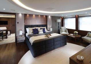 40m-owners-suite-american-walnut-satin.jpg