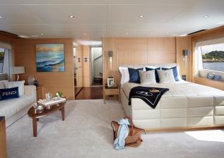 40m-vip-upper-deck-master-stateroom-solaris-custom-oak-satin.jpg