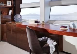 35m-interior-owners-suite-dressing-table-american-walnut-gloss.jpg
