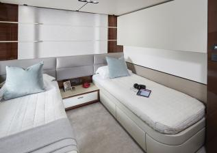 10-30m-hull-4-interior-starboard-twin-pullman-bunk-american-walnut-gloss.jpg