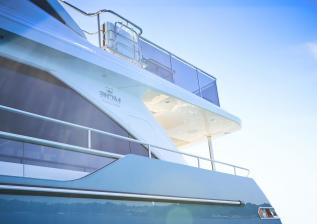 30m-exterior-turquoise-hull-my-anka-4.jpg