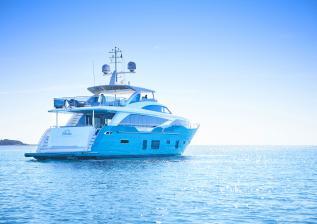 30m-exterior-turquoise-hull-my-anka-8.jpg