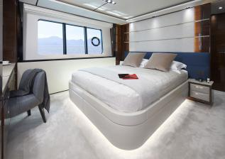 30m-interior-aft-starboard-cabin-my-anka.jpg