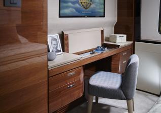 30m-interior-aft-starboard-dressing-table-open-american-walnut-gloss.jpg