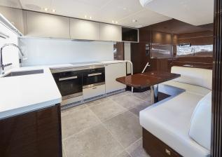 30m-interior-galley-my-bandazul-1.jpg