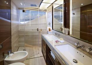 30m-interior-owners-bathroom-american-walnut-gloss.jpg