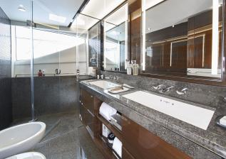 30m-interior-owners-bathroom-my-anka.jpg