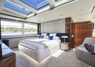 30m-interior-owners-stateroom-my-anka.jpg