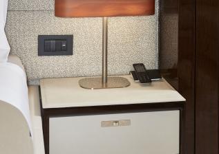 30m-interior-aft-vip-cabin-detail-my-bandazul.jpg