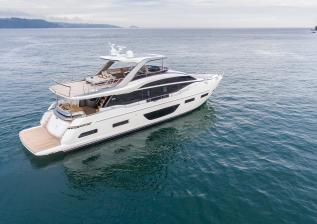 y85-exterior-white-hull-10.jpg