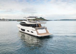 y85-exterior-white-hull-12.jpg
