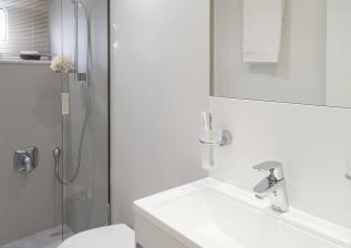 y85-interior-crew-bathroom.jpg