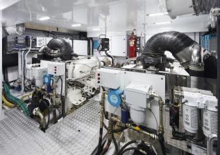 y85-interior-engineroom.jpg