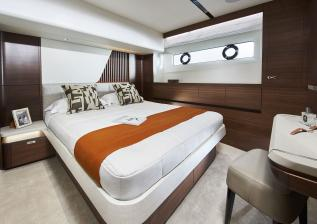 y85-interior-port-guest-cabin-walnut-satin.jpg