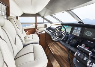 y78-interior-helm-2-walnut-satin.jpg