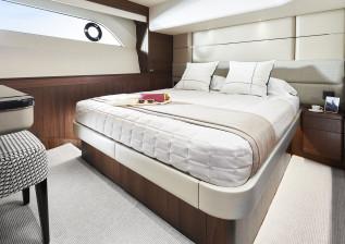 y78-interior-starboard-guest-cabin-walnut-satin.jpg