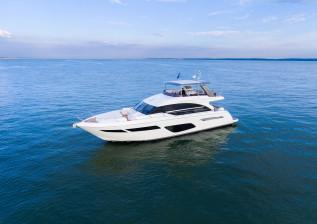 f70-exterior-white-hull-2.jpg