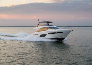 f70-exterior-white-hull-8.jpg