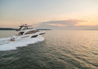 f70-exterior-white-hull-10.jpg