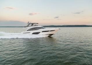 f70-exterior-white-hull-11.jpg