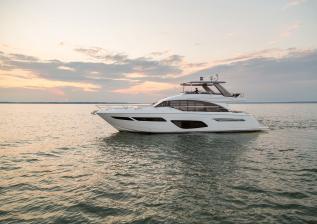 f70-exterior-white-hull-14.jpg
