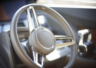 f70-interior-helm-wheel-detail-1.jpg