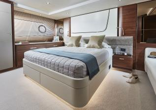 f70-interior-owners-stateroom.jpg