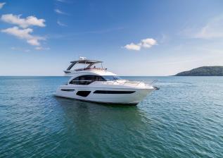 62-exterior-white-hull-3.jpg