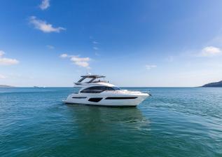62-exterior-white-hull-5.jpg