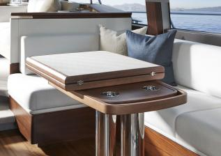 62-interior-dining-area-table-closed-walnut-satin.jpg