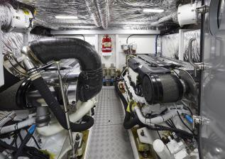 62-interior-engine-room.jpg