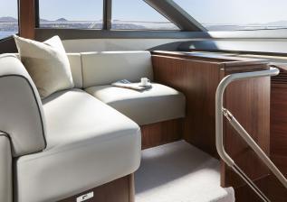 62-interior-saloon-forward-seating-walnut-satin.jpg