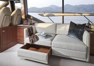 62-interior-saloon-sofa-detail-2-american-walnut-satin.jpg
