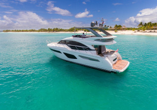 f55-exterior-white-hull-with-hardtop-2.jpg