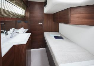 f55-interior-crew-cabin.jpg