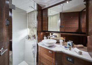 f55-interior-forward-cabin-bathroom.jpg