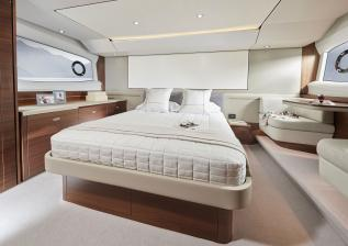 f55-interior-owners-stateroom.jpg