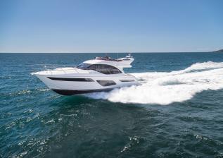 f50-exterior-white-hull-01.jpg