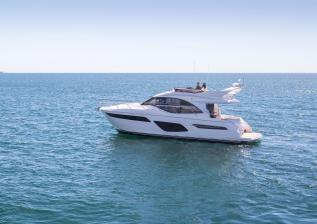 f50-exterior-white-hull-06.jpg