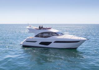f50-exterior-white-hull-12.jpg