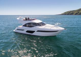 f50-exterior-white-hull-11.jpg