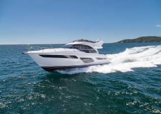 f50-exterior-white-hull-16.jpg