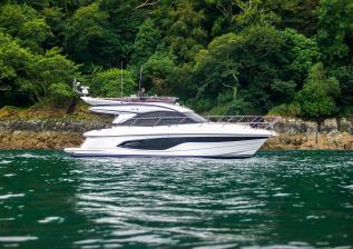 f45-exterior-white-hull-12.jpg