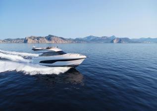 f45-exterior-white-hull.jpg