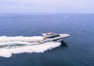 s66-exterior-white-hull-01.jpg