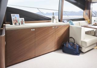 s62-interior-saloon-sideboard.jpg