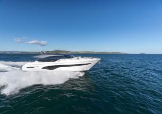 v78-exterior-white-hull-05.jpg