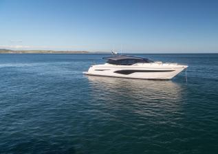 v78-exterior-white-hull-10.jpg