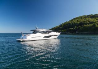 v78-exterior-white-hull-15.jpg