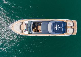 v78-exterior-white-hull-17.jpg